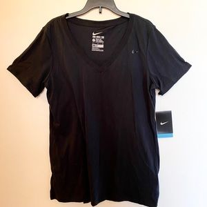 [nike] women's dri-fit v-neck shirt (BNWT) Size: L